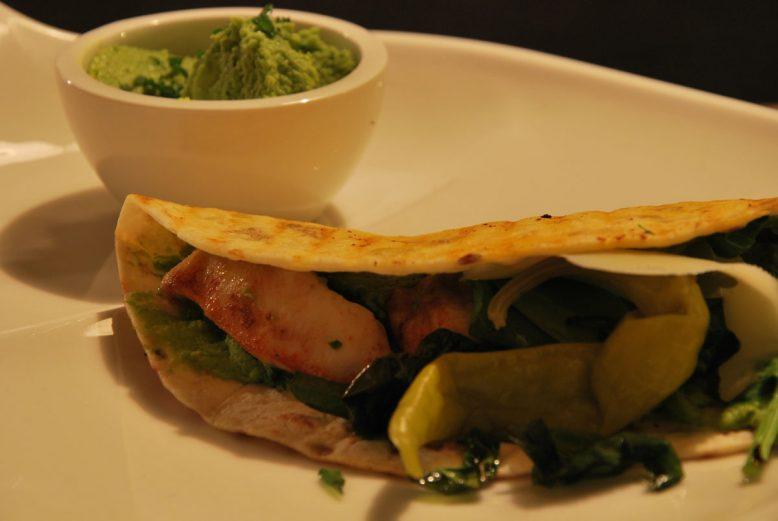 Quick & easy: Mexicaanse avocado/kip quesedilla's