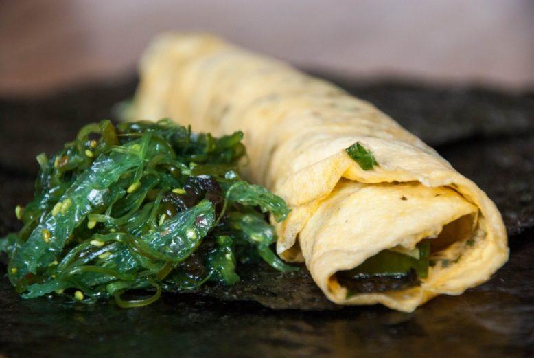 Quick & easy: aziatische omeletrolletjes
