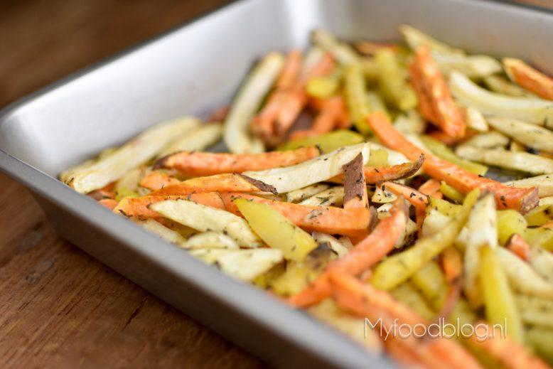 Vrolijk gekleurde groentefriet