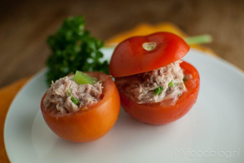 gevulde tomaatjes met tonijn