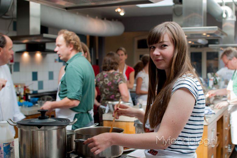 De Laksa soep in the making